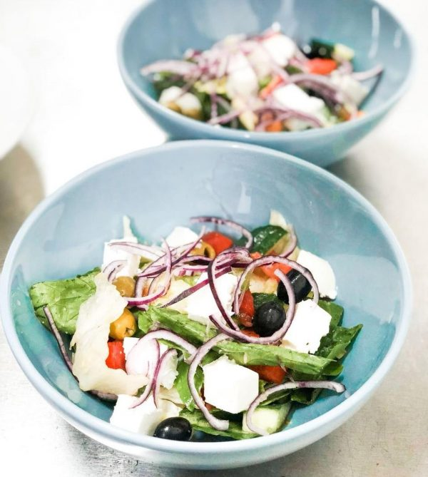 Салат из овощей по греческому рецепту