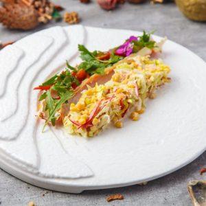 Салат с крабом и свежим салатом