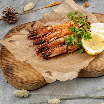 Тигровые креветки гриль с фреш салатом